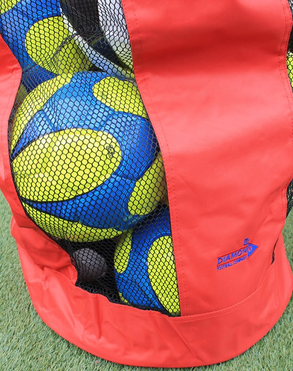 Diamond football carry sack which can hold up to 12 balls