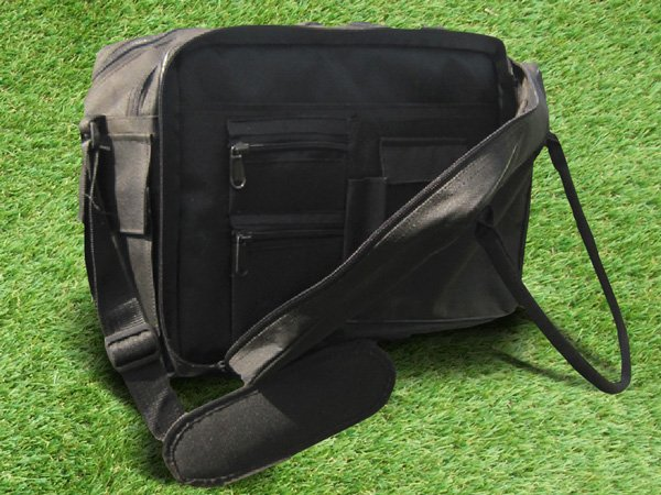 Diamond Coaches Bag suited for match day and training