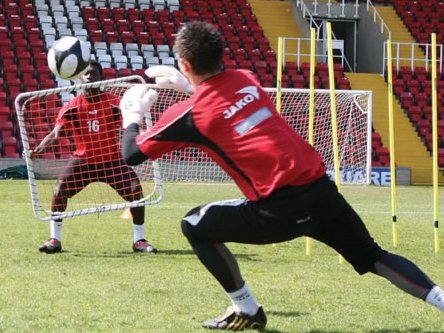 Specialist Equipment for Goalkeepers   Personnel in a Soccer Club   Diamond Soccer